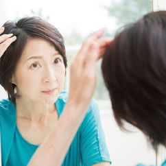自分の髪の毛のこと、「気にしてない」って言い聞かせてませんか?